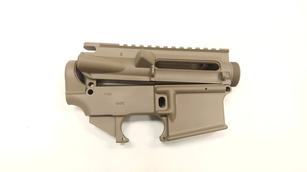 AR-15 Upper/Lower set in FDE